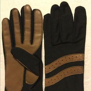 Sheer Energy Leggs Nylon Brown Driving Gloves